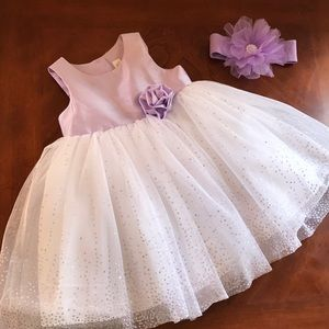 Light purple and white baby girl dress 18Months